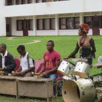 Savant dosage entre instruments modernes et instruments traditionnels
